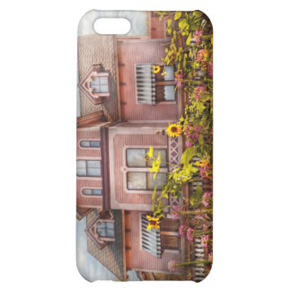 House - Victorian - Summer Cottage  iPhone 5C Covers