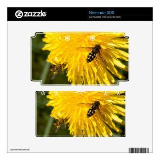 Hoverflies on Dandelions 3DS Skin