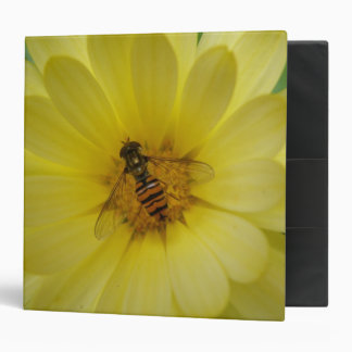 Hoverfly on a Marigold Avery Binder