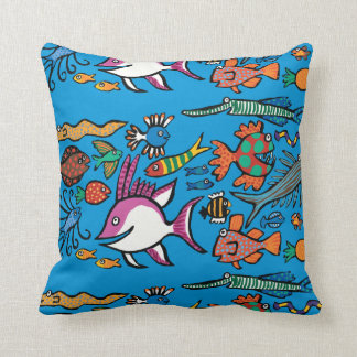 How Many Different Fish Can You See? Throw Pillow