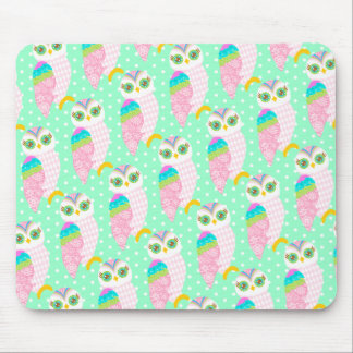 How Now White Owl - Polka Dots Mouse Pad