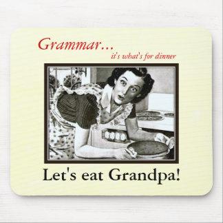 How you Should use a Comma Grammar Nazi Mousepad