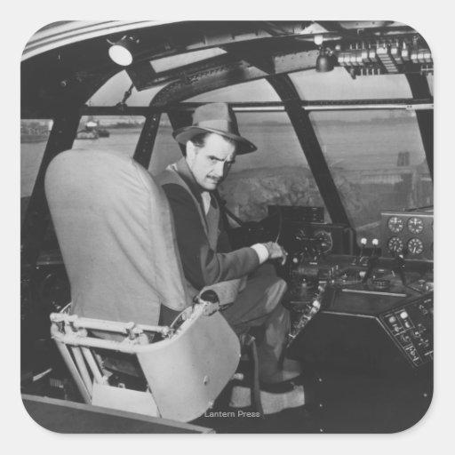 Howard Hughes en el avión de madera del ganso Pegatina Cuadrada