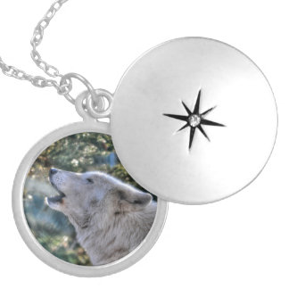 Howling Alpha Male Arctic Wolf Wildlife Gift Locket Necklace