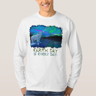 Howling Arctic Wolf & Aurora Earth Day Art Shirt