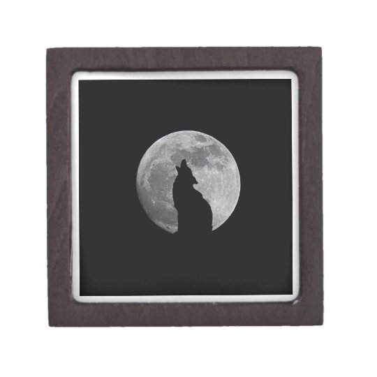 HOWLING AT THE MOON GIFT BOX