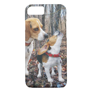 Howling Beagle Mom & Puppy Woodland iPhone 7 Case