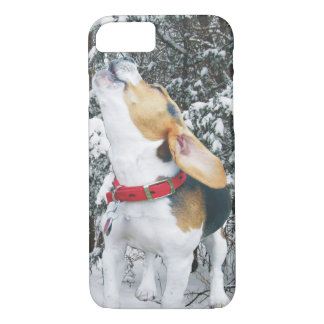 Howling Beagle Puppy in the Snow iPhone 8/7 Case