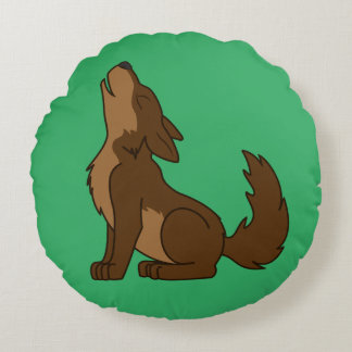 Howling Brown Wolf with Natural Markings Round Pillow