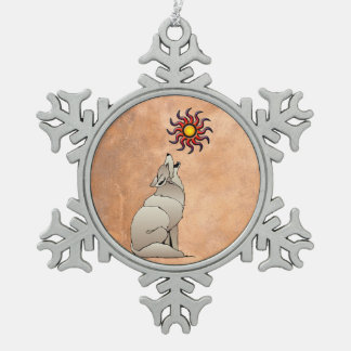 HOWLING COYOTE SNOWFLAKE PEWTER CHRISTMAS ORNAMENT