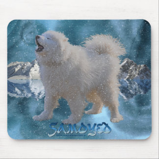 Howling Samoyed Dog in Falling Snow Pet Mousemat Mouse Pad