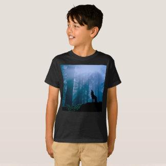 Howling wolf - wild wolf - forest wolf T-Shirt