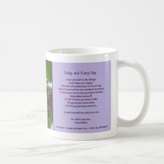 Hoy, y cada cita inspirada del día… taza básica blanca
