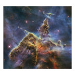 "Hubble captura vista de la ""montaña mística"" poster"
