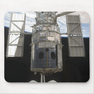 Hubble Space Telescope in Atlantis cargo bay Mouse Pad