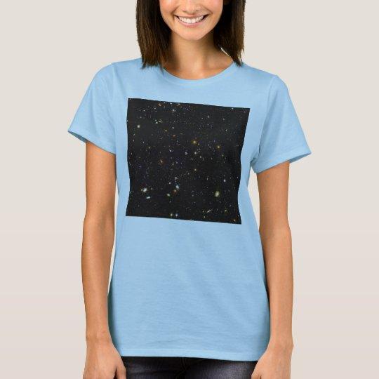 Hubble Ultra Deep Field View of 10,000 Galaxies T-Shirt