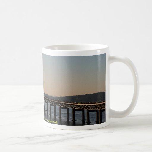 Hudson River, Tapanzee, New York thruway, New York Mugs