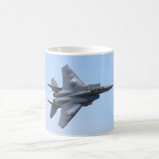 Huelga Eagle de F-15E Taza Clásica