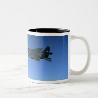 Huelga Eagles 2 de la fuerza aérea de los E.E.U.U. Taza De Café