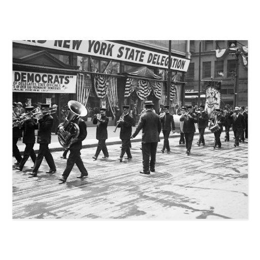 Huelga encima de la banda: 1916 postales