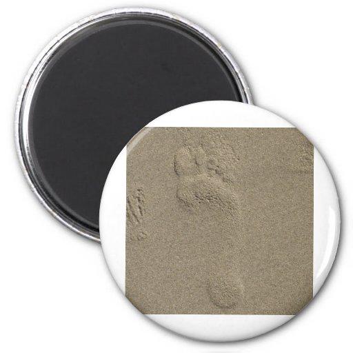 Huella en el arte de la fotografía de la arena imán redondo 5 cm