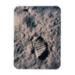 Huella en superficie lunar iman