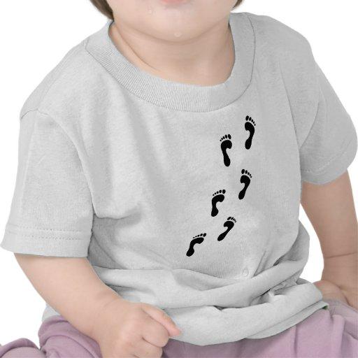huellas camiseta