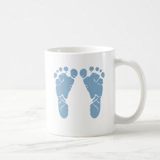 Huellas del bebé azul taza