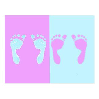 Huellas del bebé (gemelos del chica/del muchacho) postal