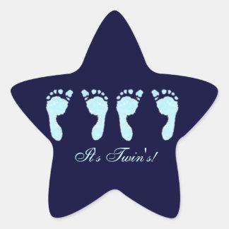 Huellas del bebé gemelos del muchacho calcomania forma de estrella