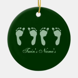 Huellas del bebé (gemelos verdes) (Doorhanger) Adorno De Reyes