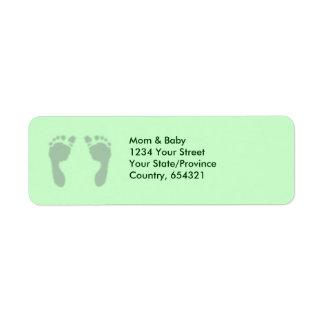 Huellas del bebé (verde) etiquetas de remite