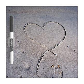 Huellas del corazón tableros blancos
