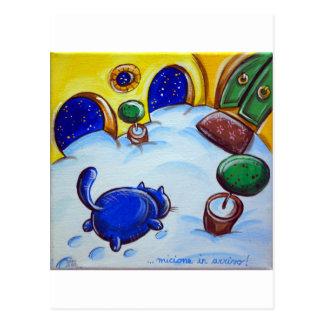 Huellas del gato en la nieve postales