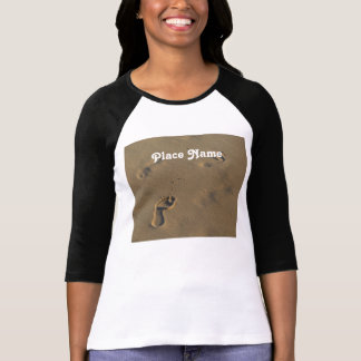Huellas en la arena camiseta