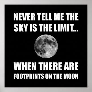 Huellas en la luna póster