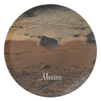 Huellas en la playa; Recuerdo de México Plato