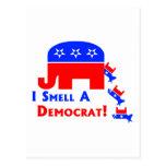 Huelo a un Demócrata Postales