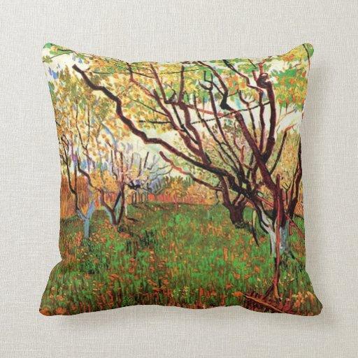 Huerta en el flor Vincent van Gogh Cojín Decorativo