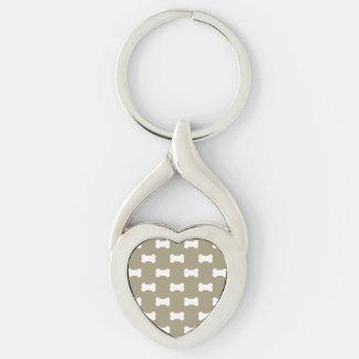 hueso de perro llavero plateado en forma de corazón