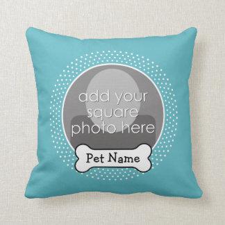 Hueso de perro y marco azul de la foto del mascota almohadas