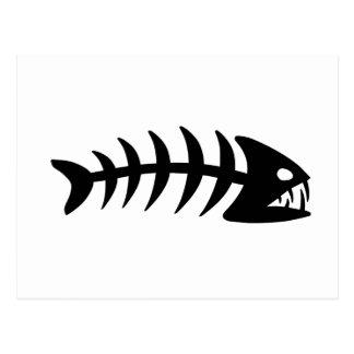 Hueso de pescados de la piraña postal