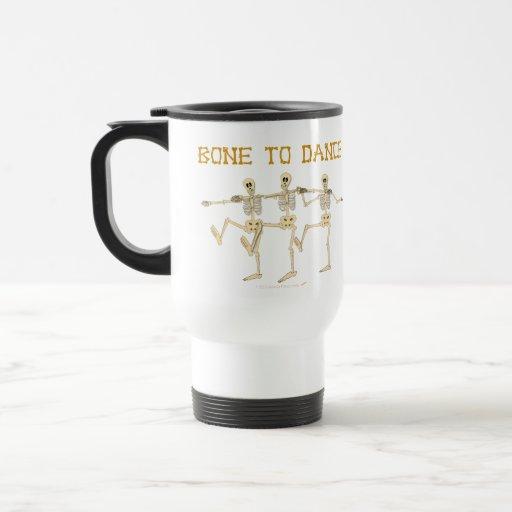 Hueso divertido de los esqueletos del baile para taza de viaje