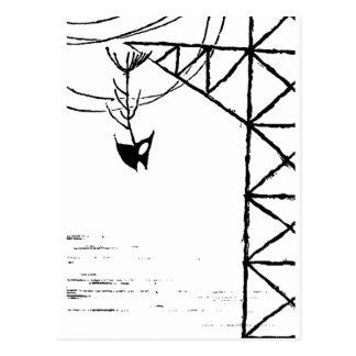 Huesos de pescados en torre de la línea eléctrica postal