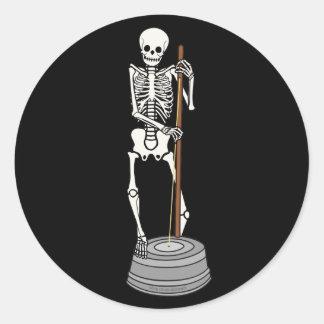 Huesos del bajo del Washtub Etiquetas Redondas