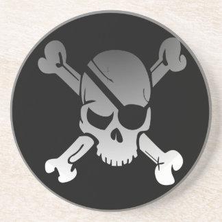 Huesos del cráneo y de la cruz del pirata posavasos para bebidas