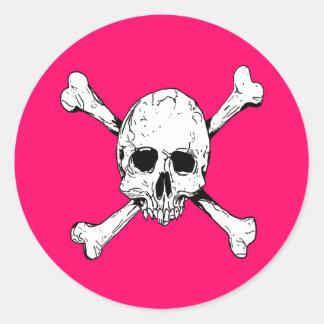 Huesos del cráneo y de la cruz pegatinas redondas