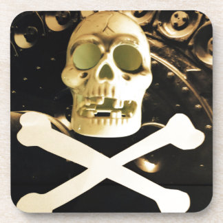 Huesos del cráneo y de la cruz posavaso