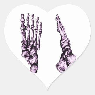 Huesos del foor. humano pegatina en forma de corazón