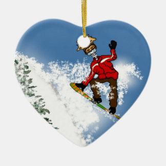Huésped esquelético de la nieve adorno navideño de cerámica en forma de corazón